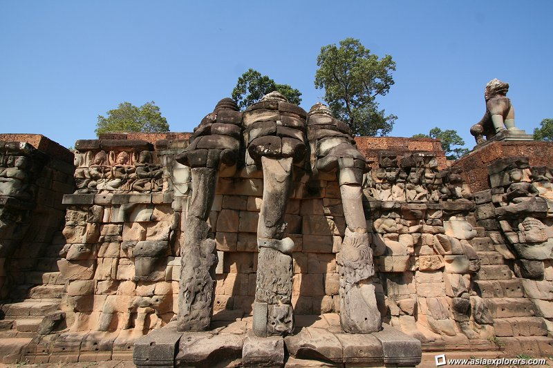 Terrace of elephant for Terrace of the elephants
